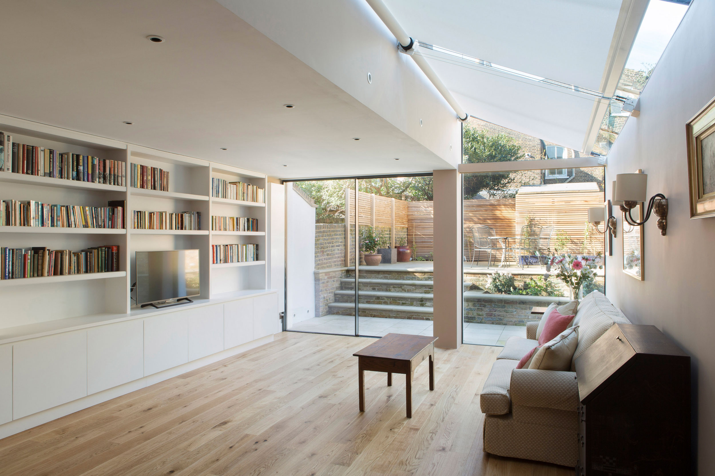 Silent Gliss SKYLIGHT SHADING SYSTEMS