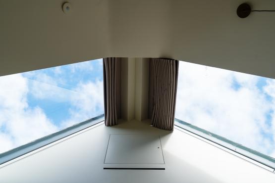 Dorset-Farm-house-blinds-curtains5