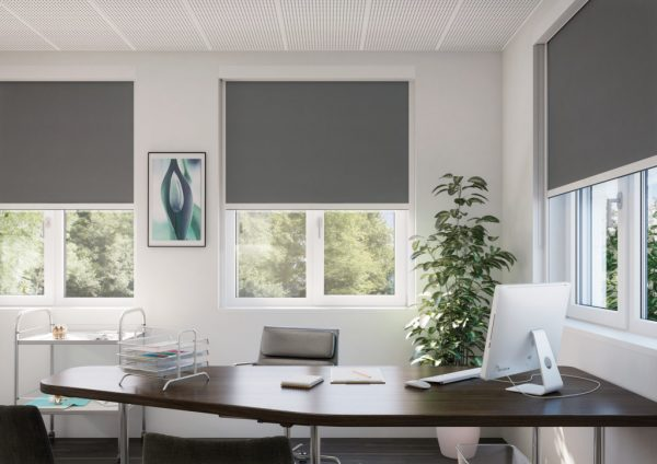 Silent Gliss SG4760 Electrical Dim-out Roller Blind